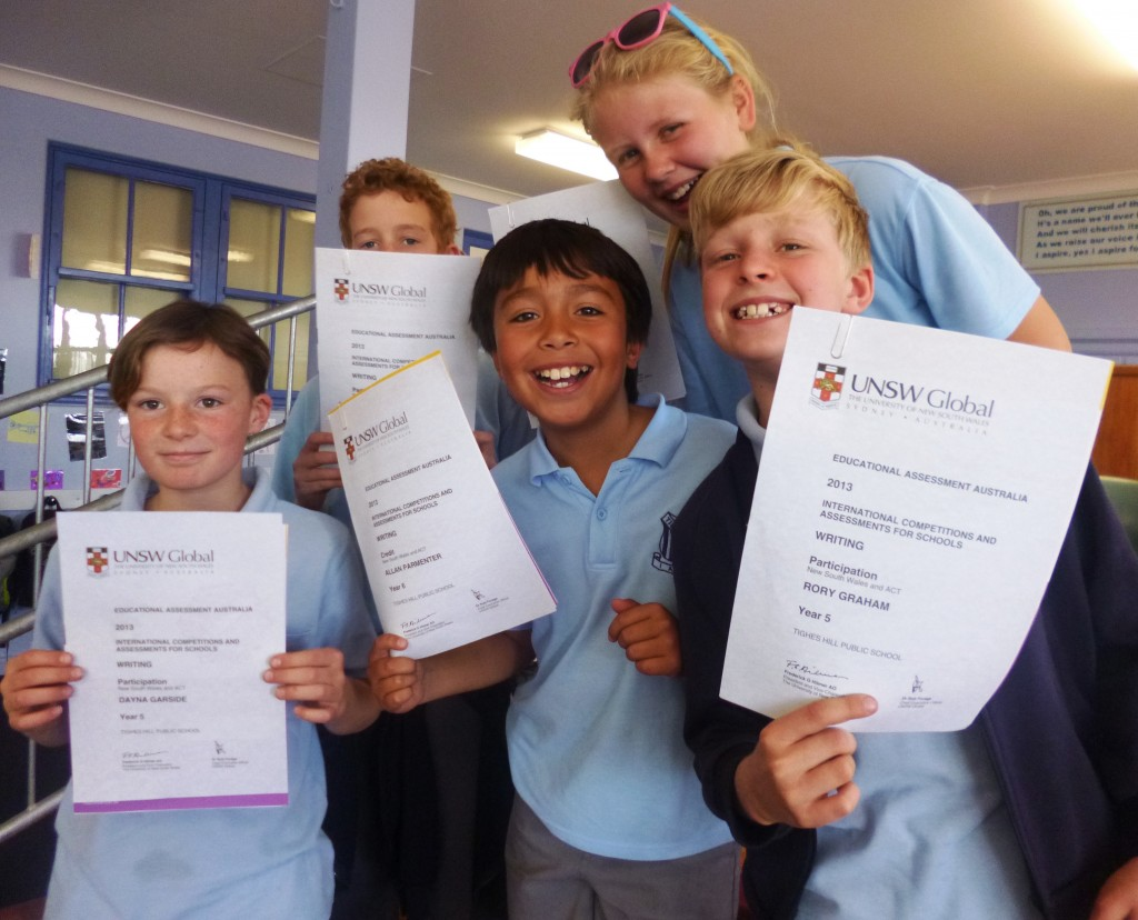 Some of our 2013 participents receiving their certificates